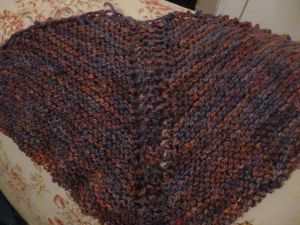 Simple triangular shawl
